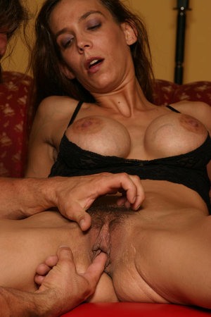 Free Pussy Fingering Porn