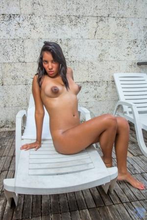 Free Latina Pussy Porn