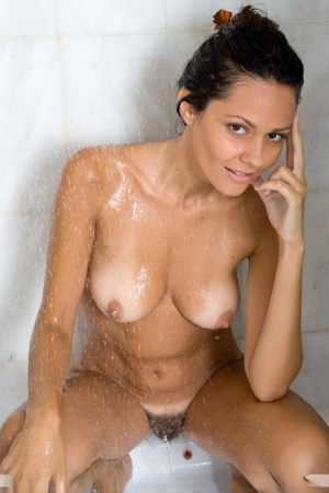 Free Pussy Shower Porn
