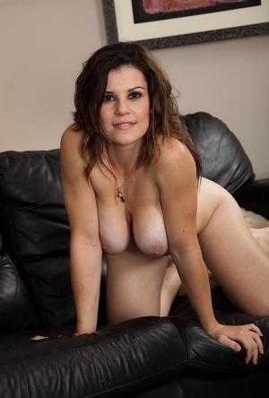 Free Pussy Brunette Porn