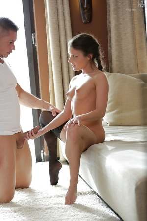 Free Pussy Handjob Porn