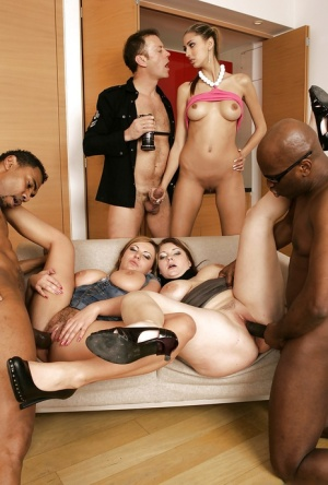 Free Pussy Orgy Porn