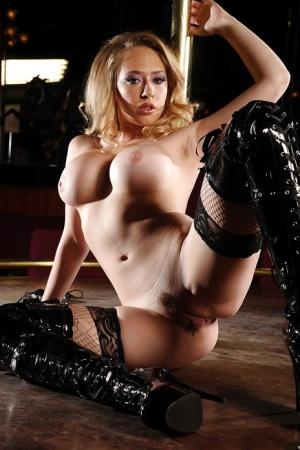 Free Pussy Striptease Porn